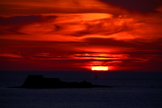 Coucher de soleil sur la baie de St Malo