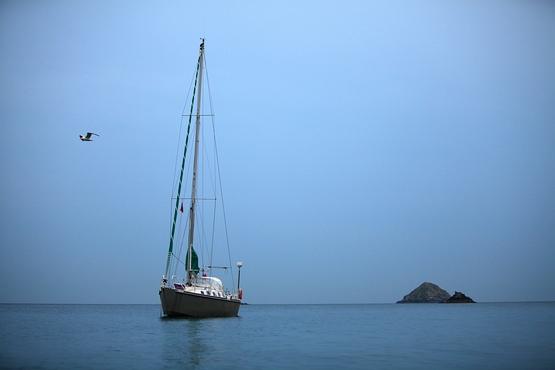 Mouillage dans l'île de Sercq (Sark), tout seul en plein mois de Juillet
