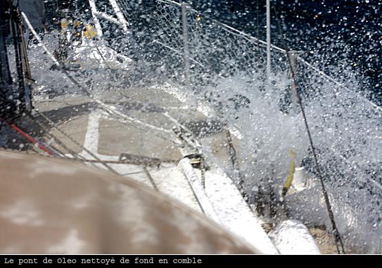 Nettoyage du pont au cap de la Hague